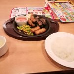 ガスト 牛赤身カットステーキ&海老フライ食べてみた